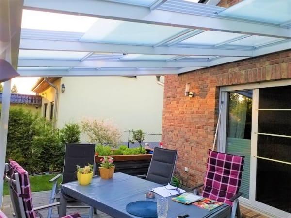 Terrassen Schiebedach mit Glas
